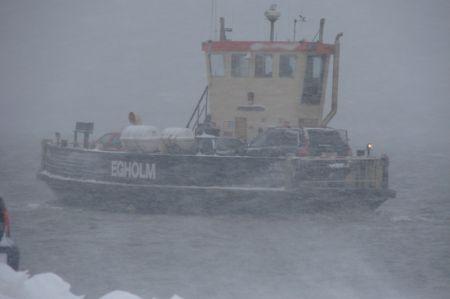 Egholmfærgen i snestorm